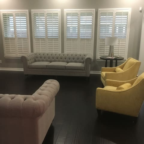 Beautiful home just outside of city - Pearland  - Casa