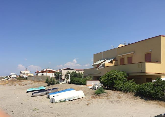 Affittasi casa per mare vicinissima alla spiaggia - Terme