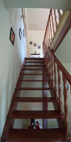 Escada da Sala de baixo para a sala de cima