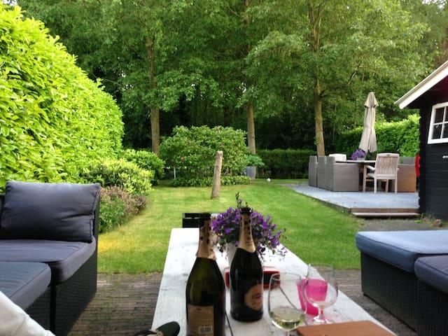 Amsterdam area ; Naarderbos complete house - Naarden - Ev