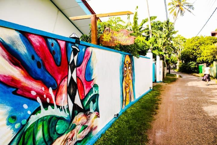 Madiha Ceylon Hostel Deluxe Room