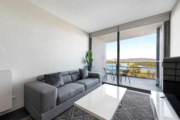 Canberra Luxury Apartment 5