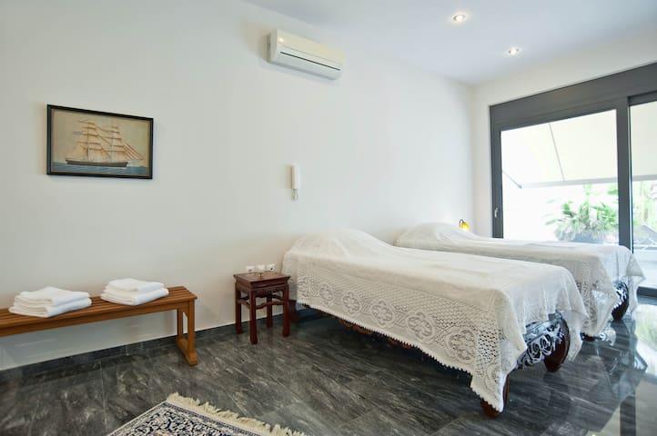 Bedroom 3 in the Main Floor