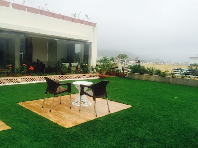 The Aravalli Hill Penthouse - Jaipur - Guesthouse
