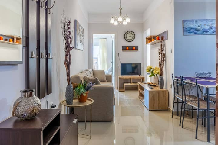 Comfy central square gem with terrace