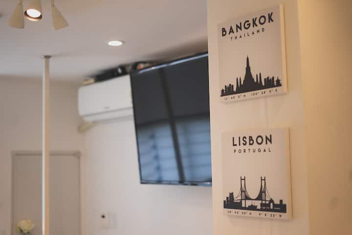 Double Floor, Netflix, Rooftop, 5Min Myeondong