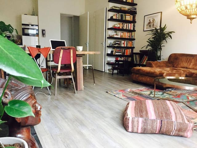 Cosy, spacious place nearby Central Station - Amsterdam - Hus