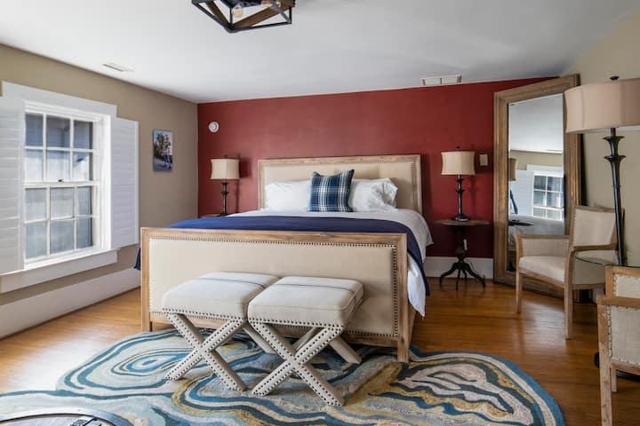 Room Three at Hellbender Bed & Beverage
