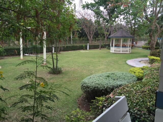 Big Family 3 Houses Bonanza : Villa Pituk Khao Yai - Tambon Pak Chong - Villa