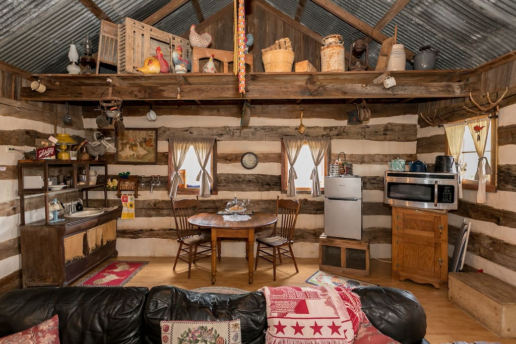 property country street chic rustic tx minutes ha main cabins fredericksburg from mere