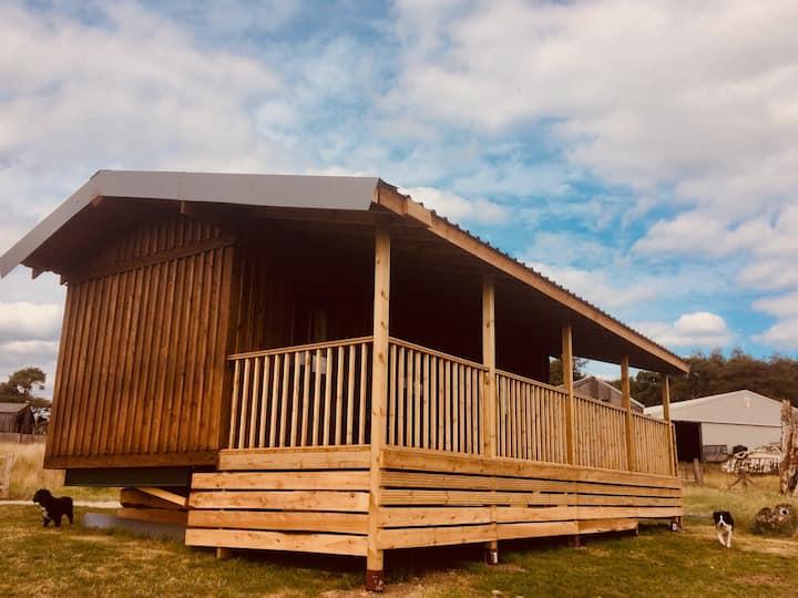 Dahlia Cabin