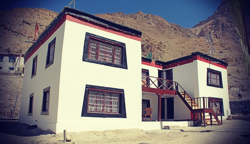 Milarepa Guest House Shared Toilet/Bath