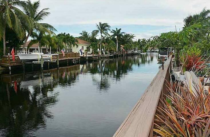 Canal views.. So peaceful,