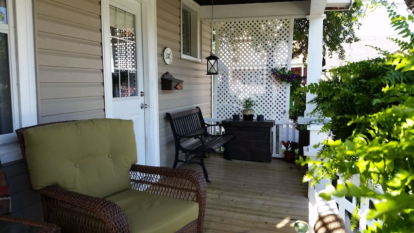 Ivy House & Garden - Windsor - Bed & Breakfast