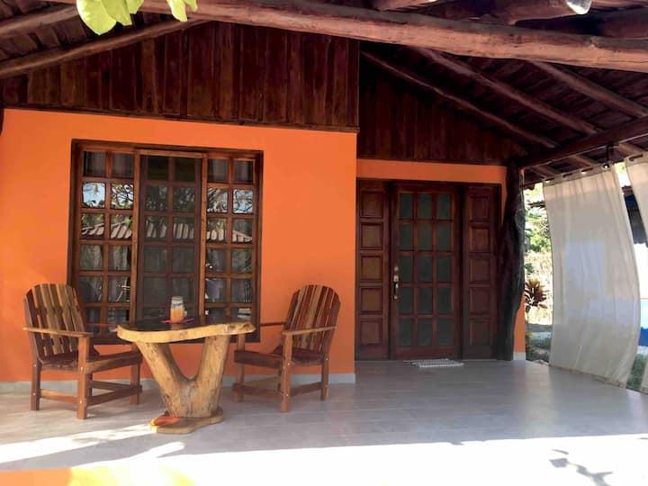 Casitas Tropicales Samara, Casa Naranja mit Pool