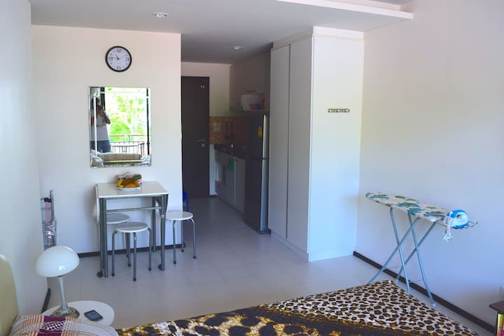 1 bdr studio in the Title condominium, Rawai beach - Rawai - Apartment
