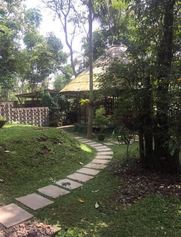 A room inside Salatiga Hidden villa 02