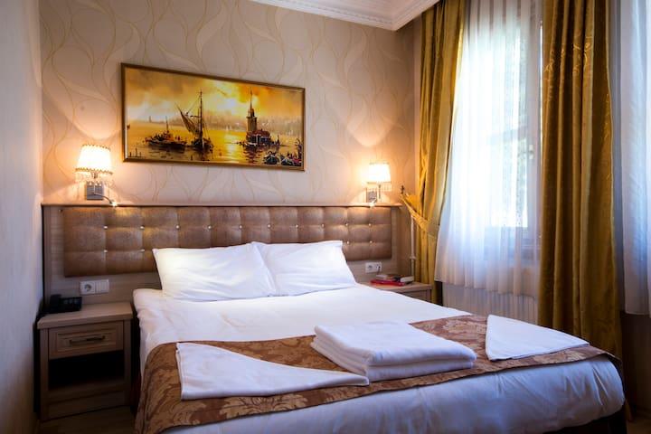 Economy Room with plenty breakfast - İstanbul / Fatih / Sultanahmet - Penzion (B&B)