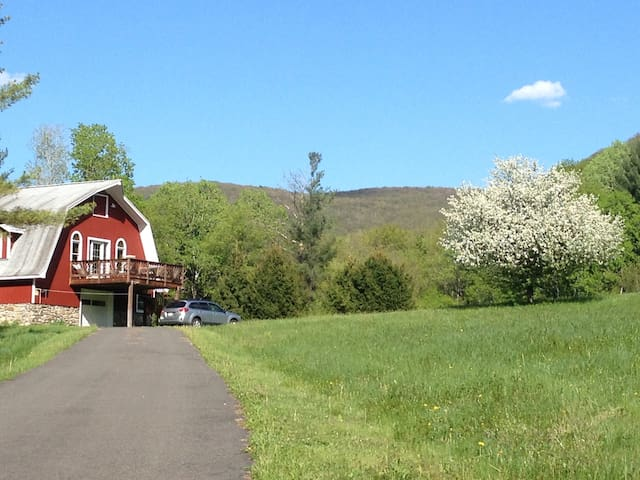 """The Barn"" at Tower Mountain - Hancock - Ev"