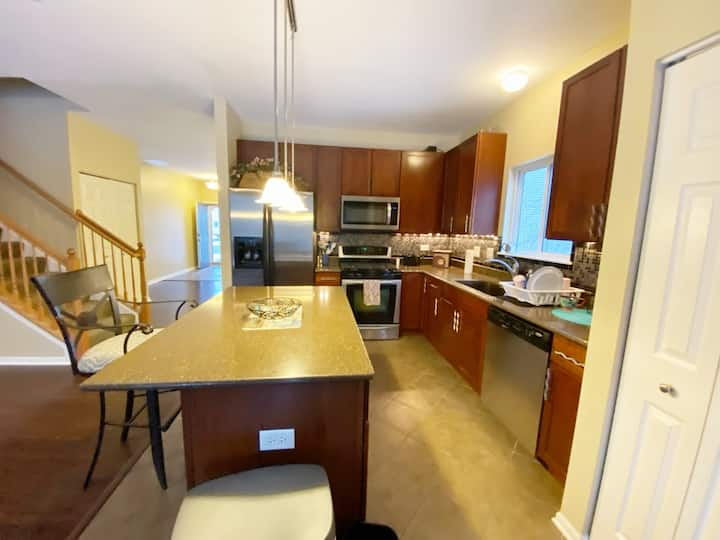 Hamp Private House Full Kitchen Free Parking