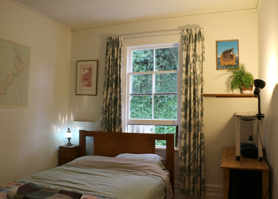 Double room with garden views and a new firm bed