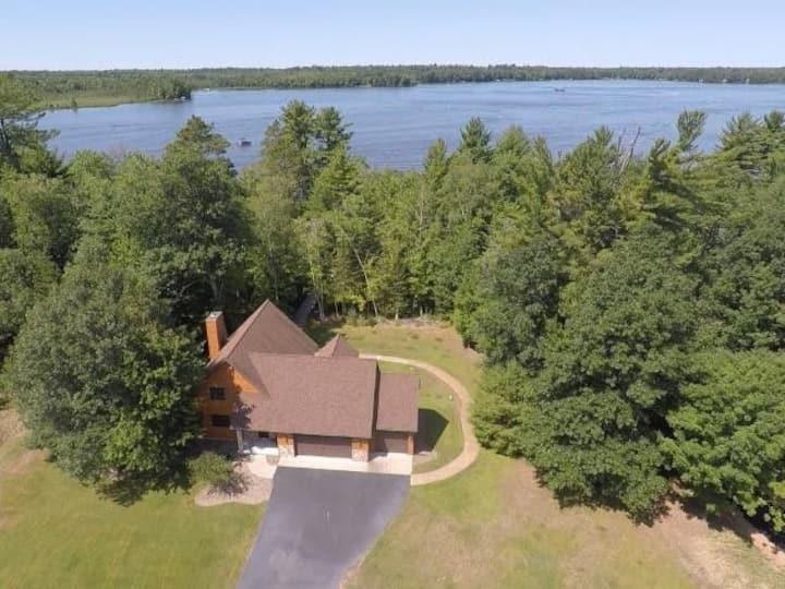 NEW LISTING! Oak Lane Lake House - Hiller Vacation Homes