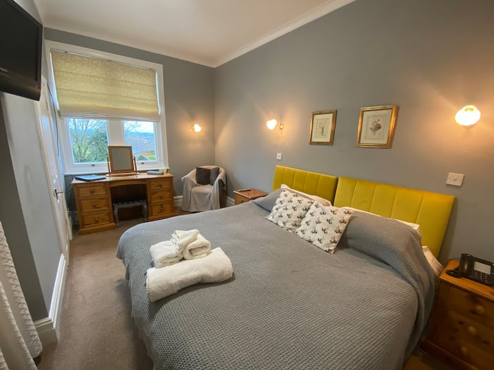 Double/Twin Room with Ensuite