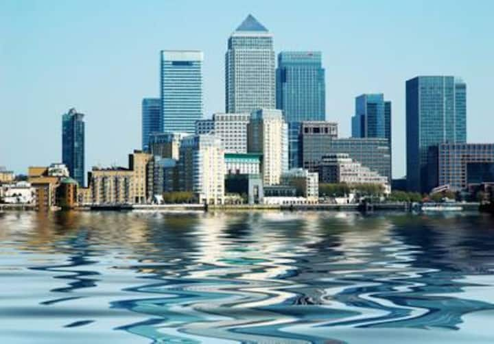 Stunning, spacious 3 bed Canary Wharf apartment