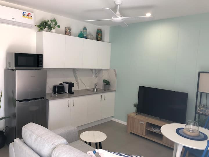 Maroochydore Brand New Studio Home