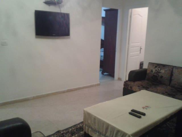 étage de villa (zone touristique) - Hammam Lif - Huis