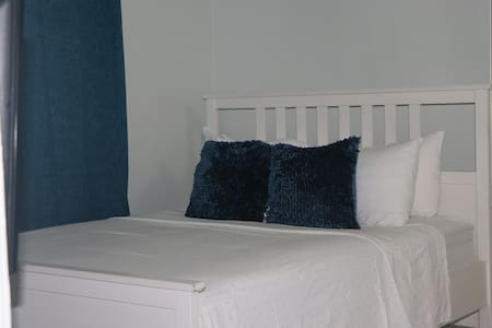 Rainbow Inn - 1 bedroom Deluxe