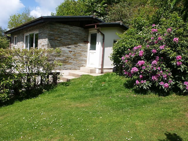 Kiberick Cottage-Crackington Haven-Private garden