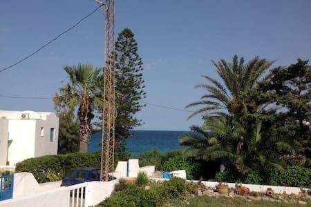 Maison Kelibia vue mer