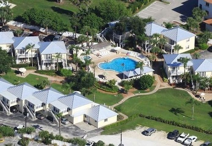 Oyster Bay~Oyster Pointe  Condo Weeks