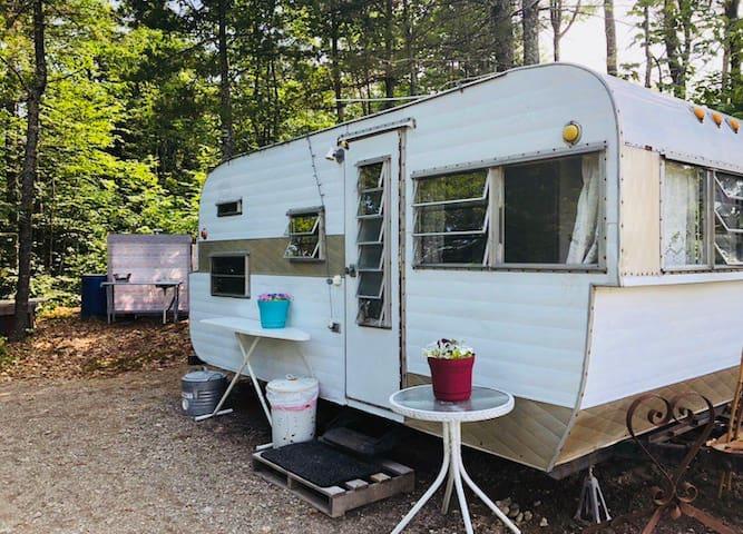 Vintage Camper at Hawkins Hill Farm