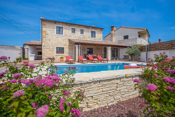 Renovated Istrian house with Pool - Villa Gina