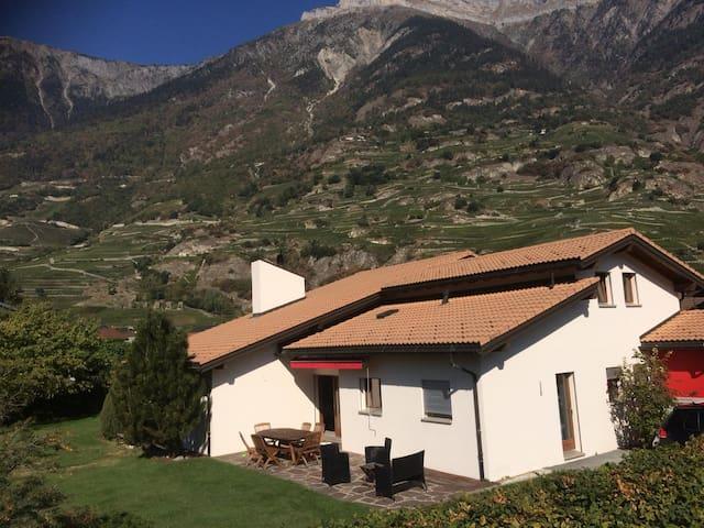 Maison individuelle en bordure de zone agricole