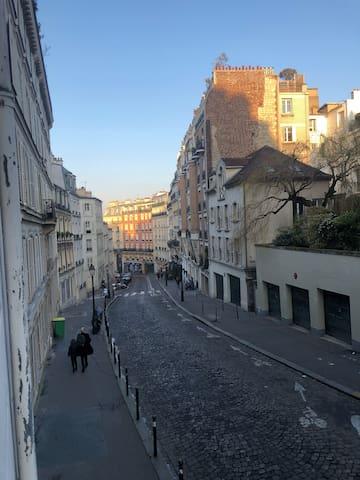 Studio en plein coeur de Montmartre