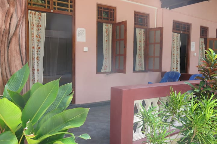 Chillout A-Bay Beach - Arugam Bay - Bed & Breakfast