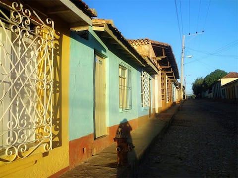 Hostal Almamia (Casa Independiente)