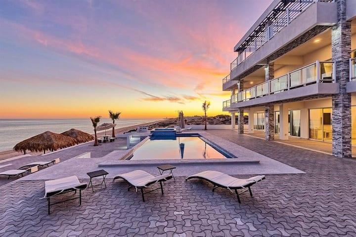 Luxury Beachfront Six Palms Villas # 1
