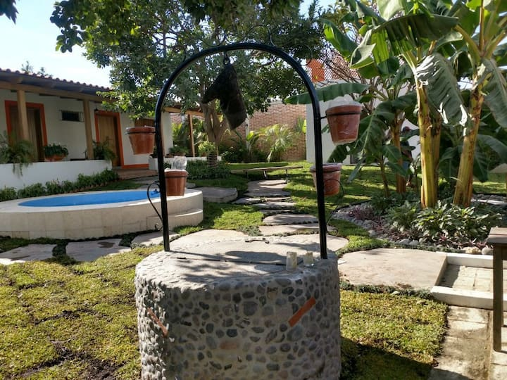 1/2 Cozy house with Jacuzzi near Michoacan beach