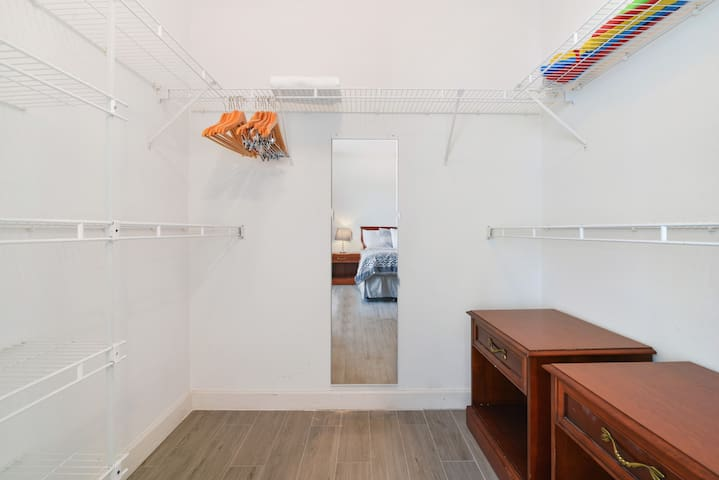 Bedroom 1 - Walk-in Closet