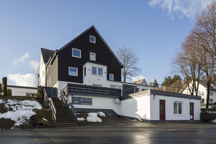 Alluring Holiday Home in Winterberg with Ski-Nearby