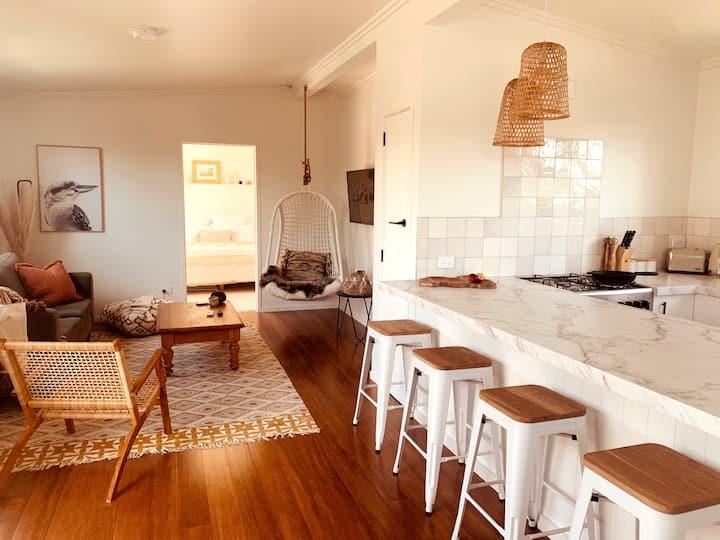 Kawa Cottage   Couples Getaway & Luxe Retreat