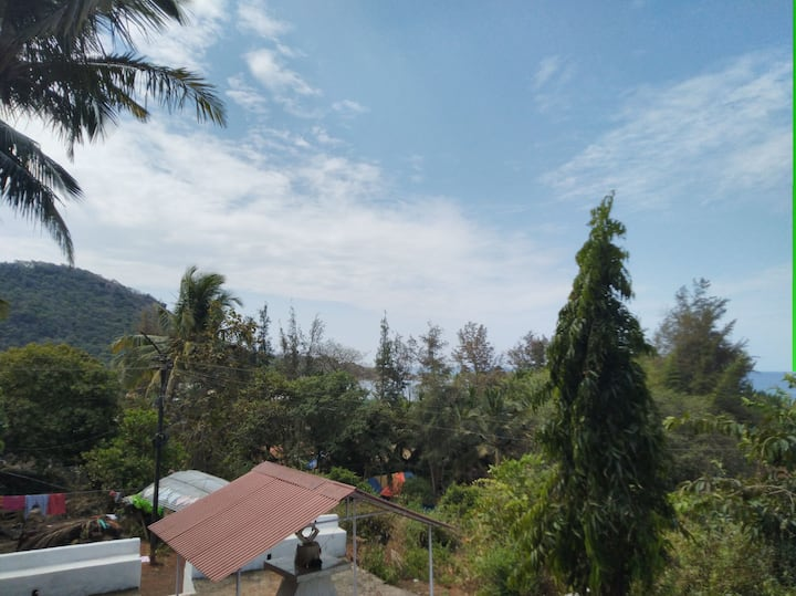 Great Sea View2 and sunset Agonda Hill, 100 mtrs
