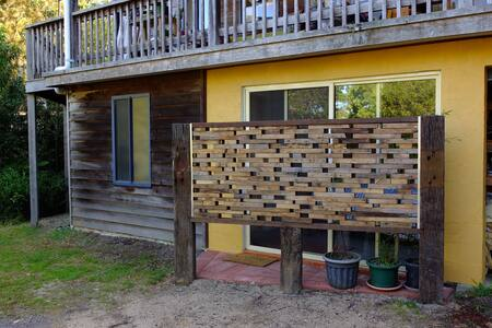 Funky coastal flat, self contained. - Tathra - Apartamento