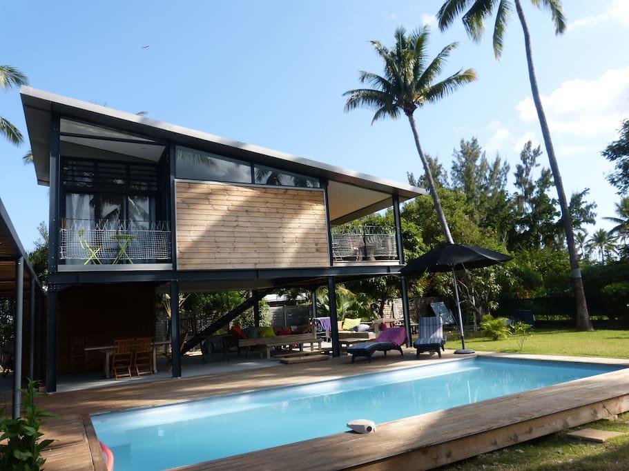 villa pr s du lagon villas louer saint gilles arrondissement of saint paul r union. Black Bedroom Furniture Sets. Home Design Ideas