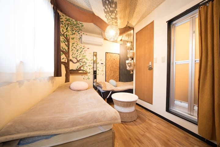 *Cute *Tiny Japanese Single Room!