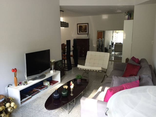 Modern apt, view to Corcovado, Zona Sul (+parking)